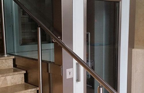Dos años de prisión por instalar ascensor casero que causó muerte a una anciana